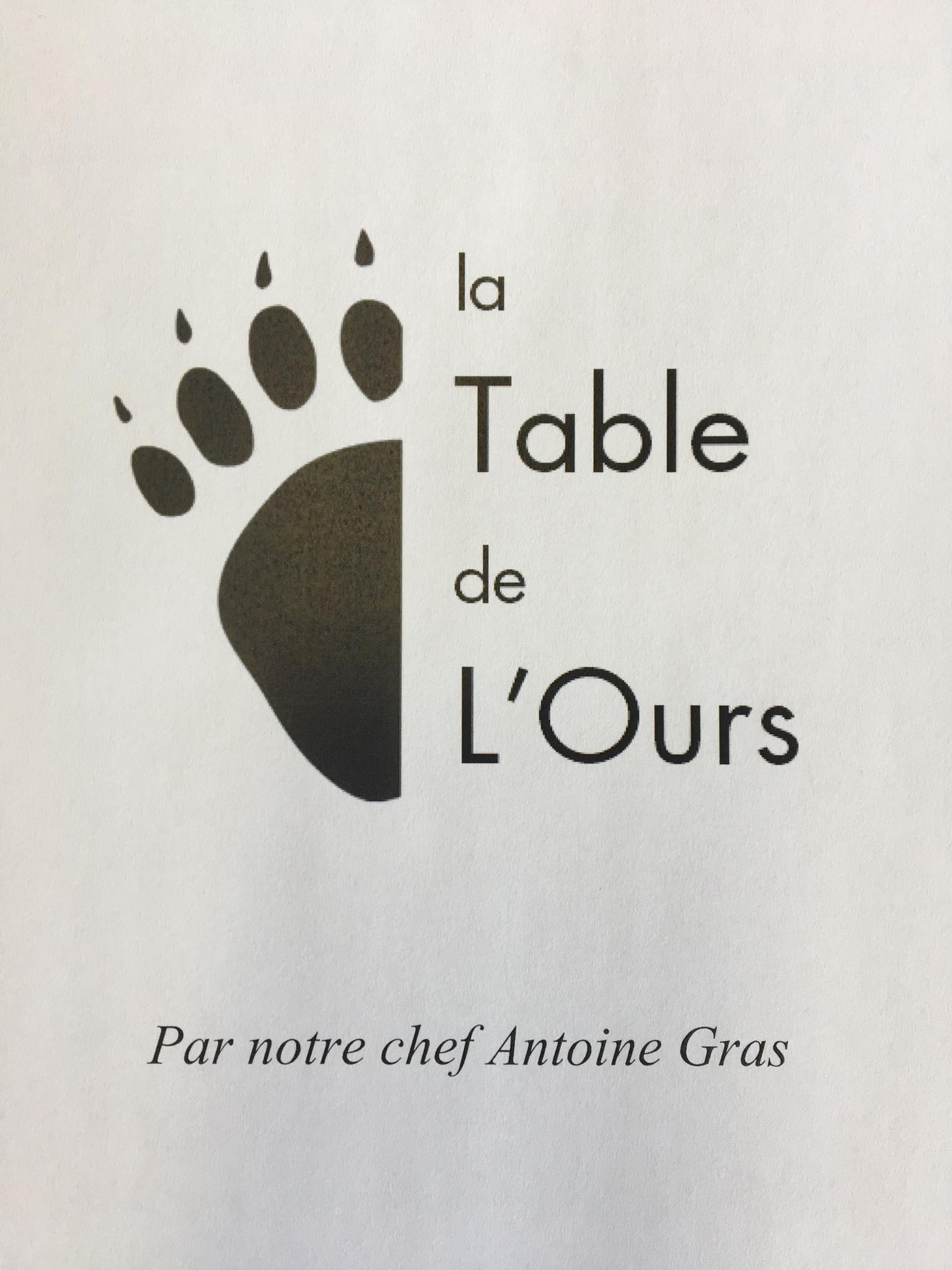 La Table de l'ours à Val d'Isère (73)