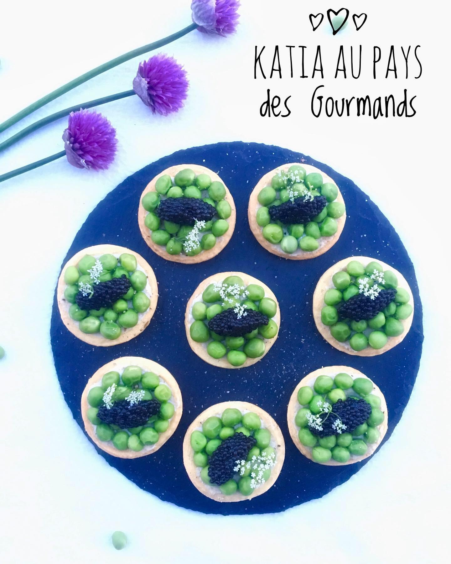 Tartelettes de haddock / petits pois et quenelles de caviar