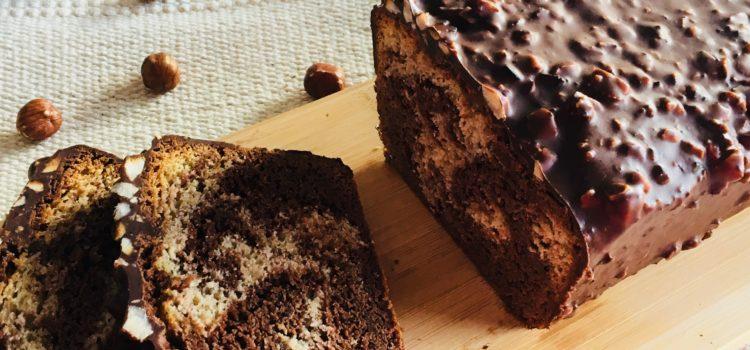 """Gâteau marbré, nappé de chocolat/noisette façon """"Ferrero rocher"""""""
